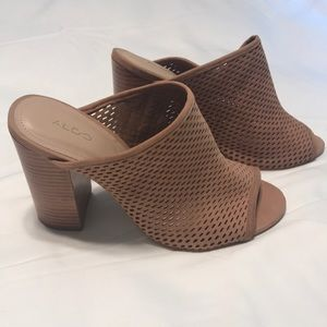 Also tan high heel mules